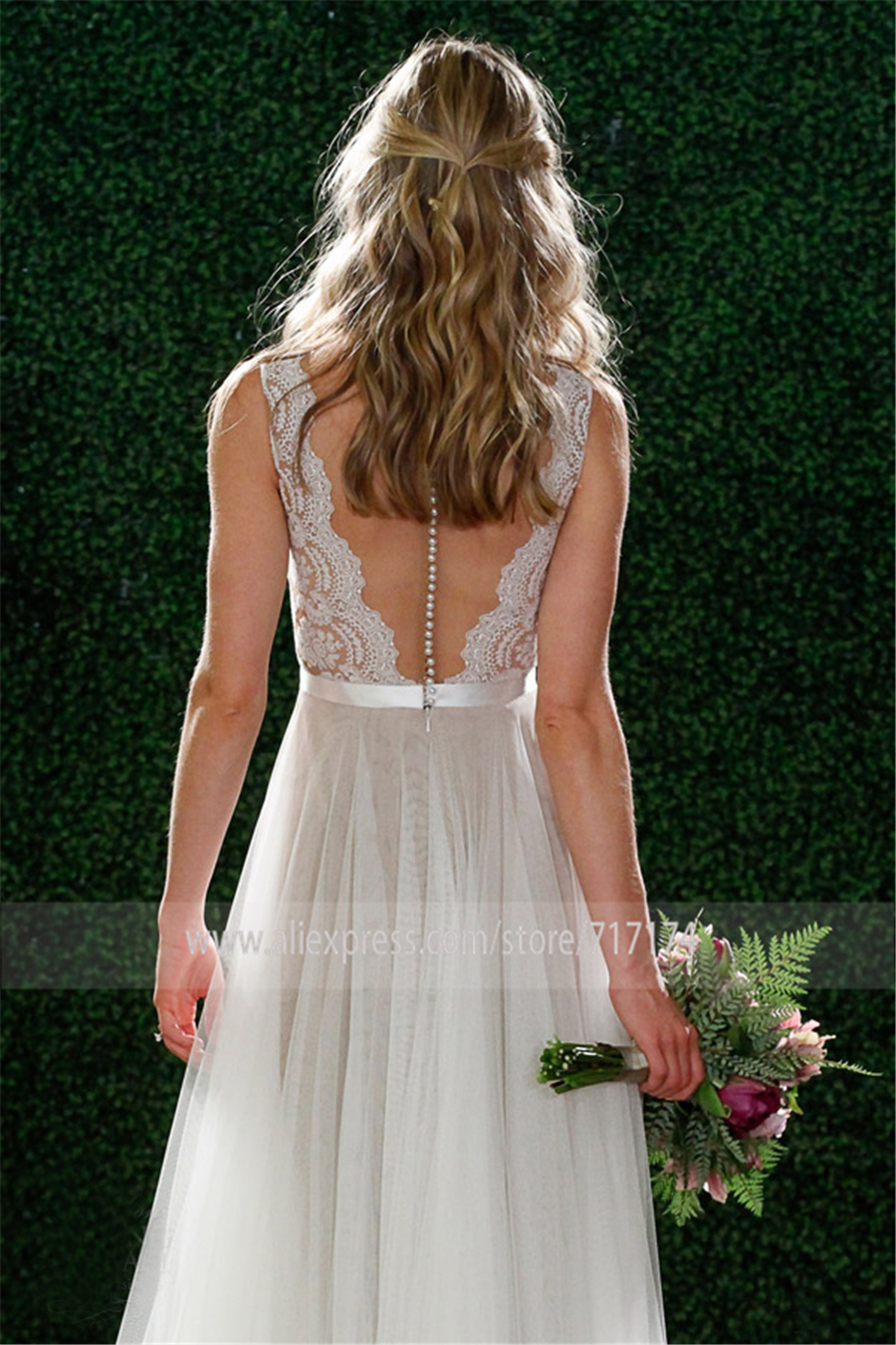 V-Neck Lace & Tulle Long Beach Wedding Dresses Floor Length Sleeves Grey Bride Dress Illusion Back with Buttons