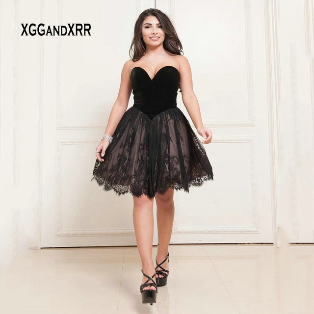 ddcd419bbd Charming Sweetheart Black Short Prom Dress 2019 Sexy Backless Lace Knee  Length Homecoming Dress Graduation Date Dress Gala Gown