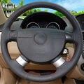 Cosido a mano Cubierta Del Volante Del Coche para Chevrolet Aveo Lova Buick Excelle Daewoo Gentra 2013-2015 Chevrolet Lacetti 2006-2012