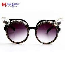 09a3dc059 2017 Marca designer de Moda Óculos De Sol Das Mulheres de Luxo Cristal Do  Vintage olhos de Gato Senhoras Oversize óculos de Sol .