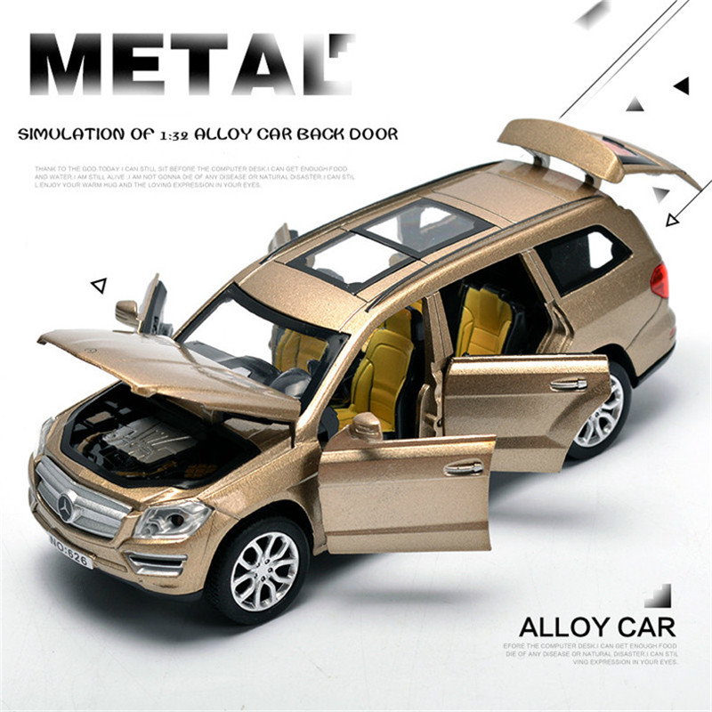 ФОТО 1:32 car toy alloy car model Pull Back Flashing children's high quality products suitable for children over 3 years old gifts