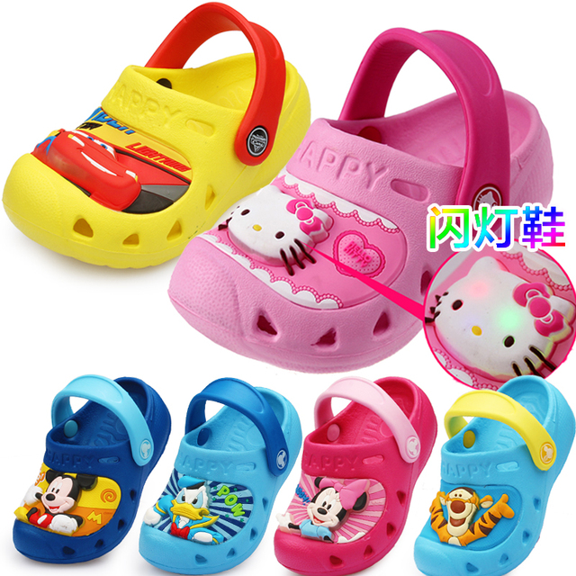 Summer baby girls cartoon kitty cars andals children 's home pantofole indoor slippers kids flashing lights footwear 16N1103