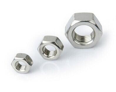 paquete De 5. M8 X 45mm A4 acero inoxidable botón tornillos de socket con A4 Nyloc Tuercas