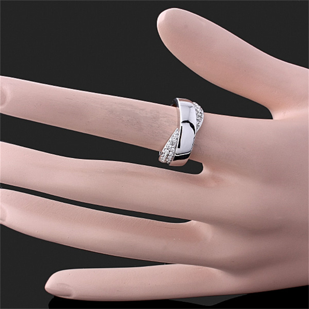 High Quality Glaze & Rhinestones Bow The Men Ring White Gold color ...