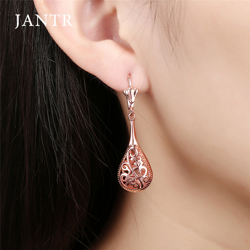 JANTR hollow pattern retro earrings fashion temperament rose gold color earrings womens earrings goodnight accessories