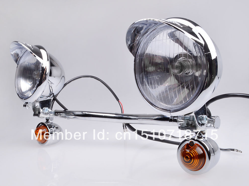Chrome Amber Spot light Turn Signal Light Bar For Honda VT VTX Shadow Yamaha Road V Star Suzuki Kawasaki Harley Softail Dyna Ktm