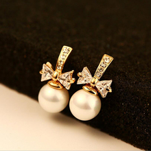 High Quality Luxury Delicate Gold Color Stud Earrings Butterfly Crystal Bow Knot Round Imitated Pearl For Women