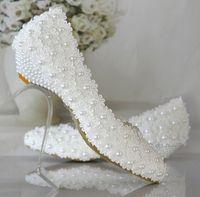Más el tamaño 40 41 42 zapatos de la boda blanca para mujer nueva diseño de zapatos de tacón bajo de la boda con flores de encaje de perlas TG374 nupcial zapatos