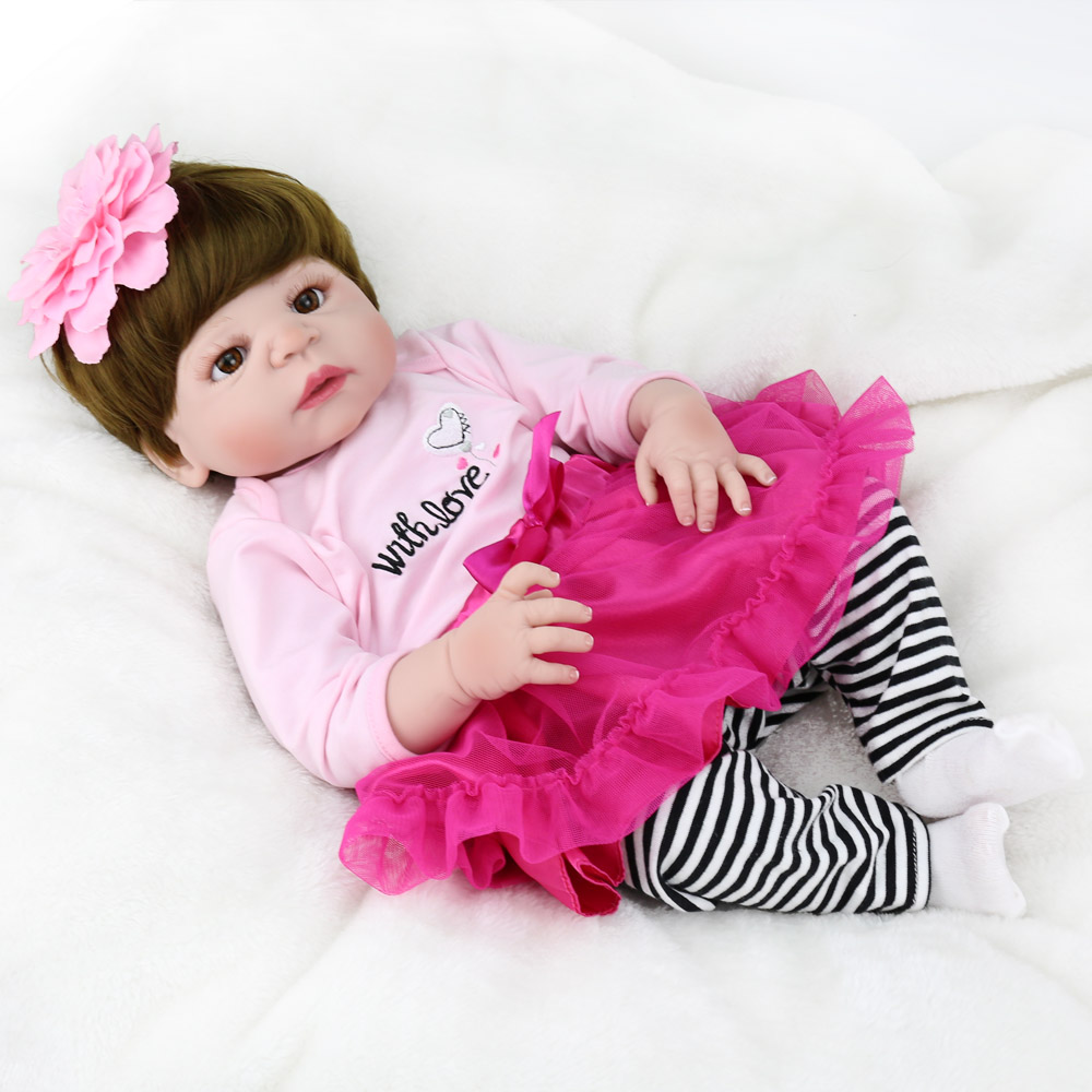 Full Silicone Body Reborn Baby Dolls 22 Inch New Fashion 55cm Realistic bebe girl doll with pink dress setFull Silicone Body Reborn Baby Dolls 22 Inch New Fashion 55cm Realistic bebe girl doll with pink dress set