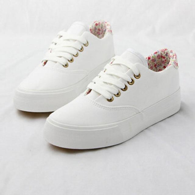 Chaussures Blanches Pour Les Femmes FzJBMP
