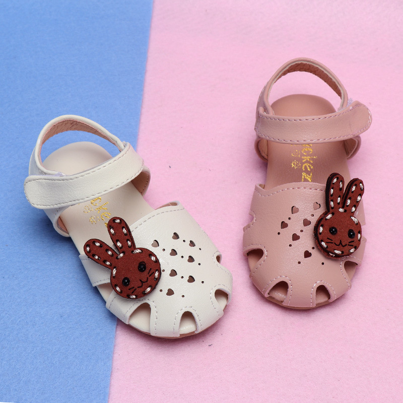 Fashion Baby Girl Heart Cut out Sandal Shoes Toddler Kids Party Anti slip Rabbit Flat Shoes Baby Summer Shoes Enfants Size 15 25 in Sandals Clogs from Mother Kids