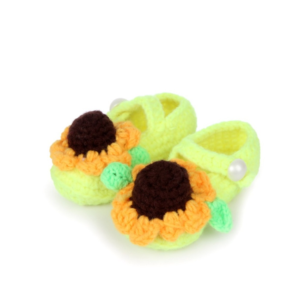 Cute-sunflower-design-Handmade-Knit-baby-knitting-Woolen-Sock-Shoes-baby-photography-props-5BS46-4