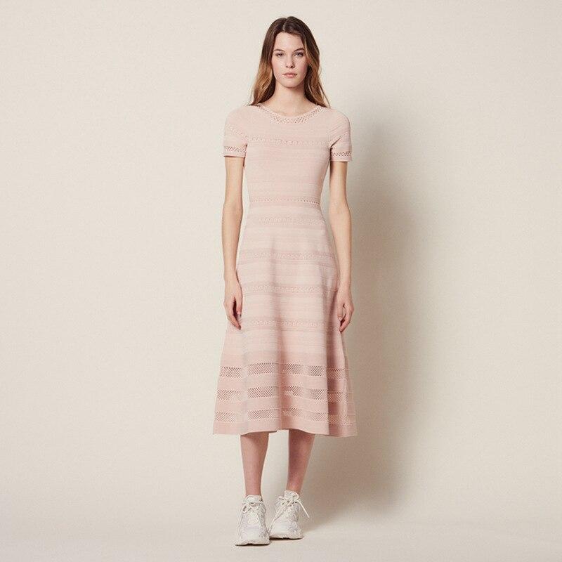 여성 드레스 2019 봄과 여름 새로운 우아한 라운드 넥 니트 openwork 긴 드레스-에서드레스부터 여성 의류 의  그룹 1