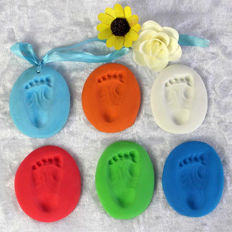 เด็กที่มีสีสันรอยเท้า Handprint Air Drying Soft Clay มือเด็กเท้าลายเซ็นลายนิ้วมือมือเด็กแม่หน่วยความจำตลก