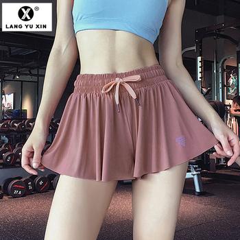 Damskie sportowe sportowe spodenki gimnastyczne aktywne spodenki sportowe Capris plisowana tenisowa spódnica golfowa wbudowane spodenki ubrania do ćwiczeń tanie i dobre opinie LANGYUXIN Poliester WOMEN Stałe Szorty Suknem women yoga pants shorts Joga Pasuje prawda na wymiar weź swój normalny rozmiar