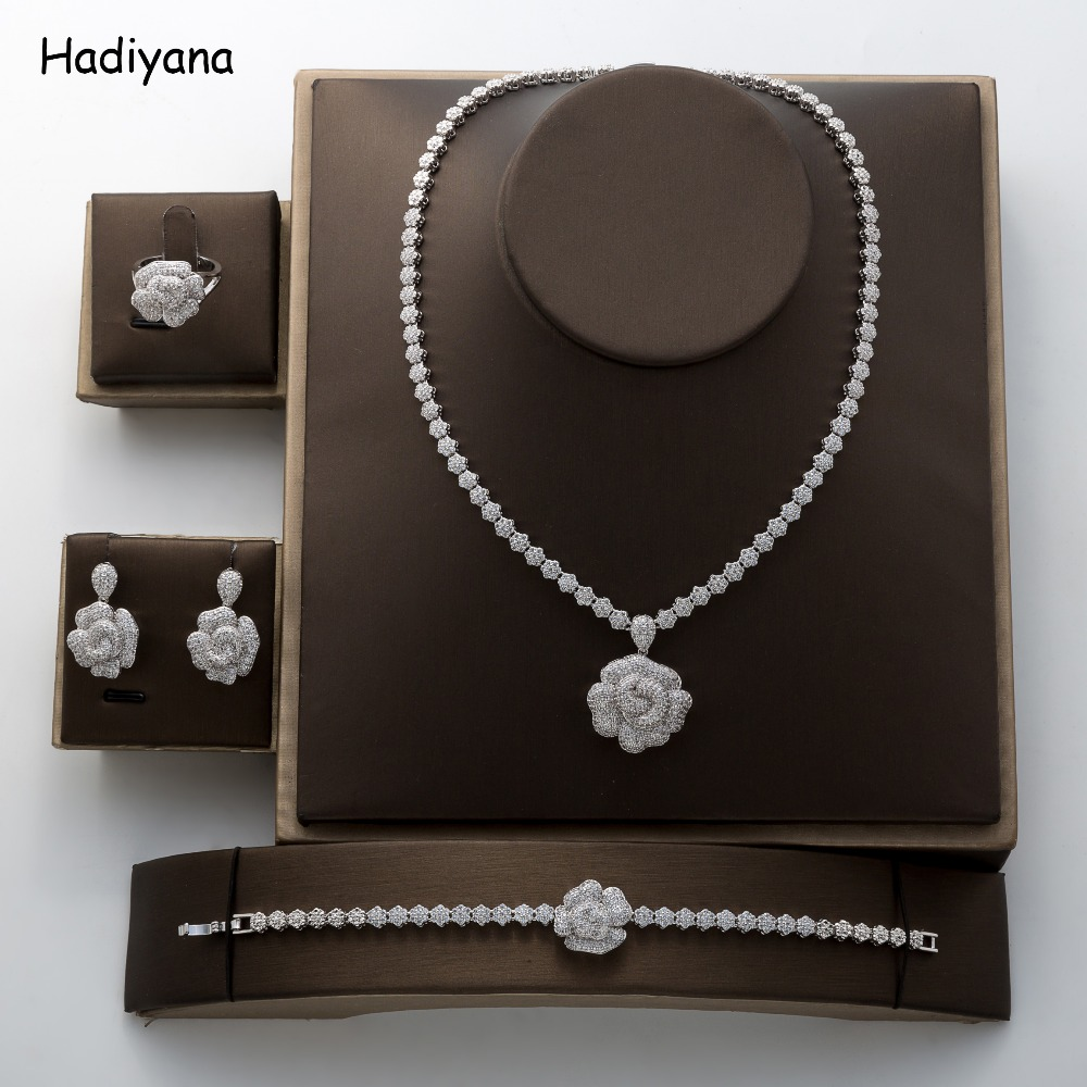 Hadiyana 2018 Fashion Rose Pendant Jewelry Set New Charming Cubic Zirconia Luxury Nightclub Set Factory Wholesale TZ8070