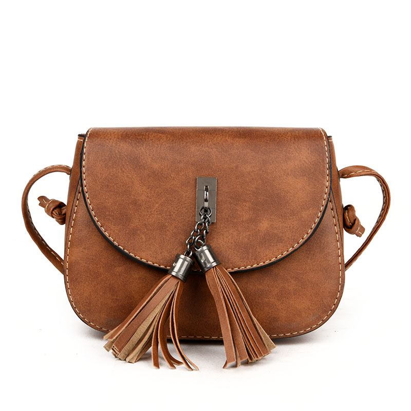 Free shipping, 2018 new women handbags, trend Korean version shoulder bag, retro woman messenger bag, fashion tassel flap.