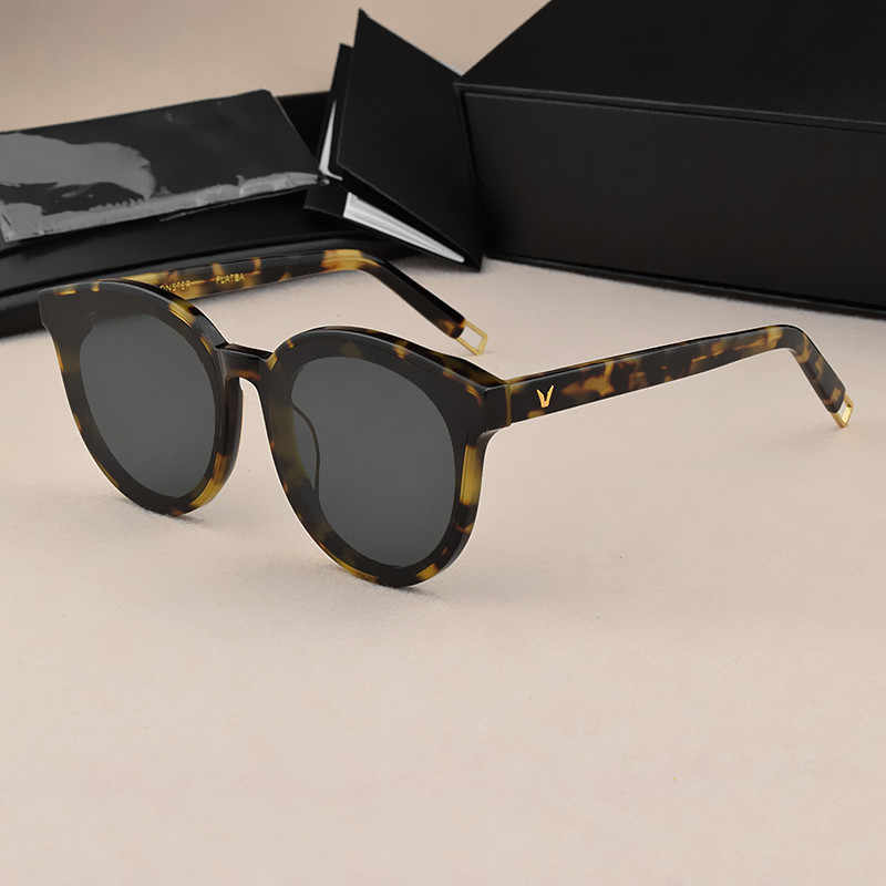 แว่นตากันแดดผู้หญิง 2019 ออกแบบเกาหลี Vintage ผู้ชายแว่นตากันแดด UV400 ขนาดใหญ่แว่นตา Cat eye Vintage แว่นตาแฟชั่น