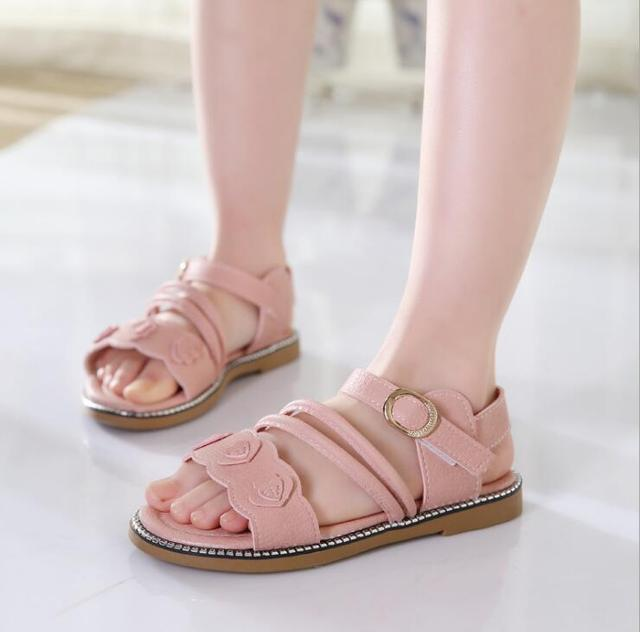 8f8c6f460e20 (Size 27-37 ) 2019 Summer New Korean Flats Girl Sandals Children Princess  Shoes Floret Baby Kids Sandals Girls Beach Shoes