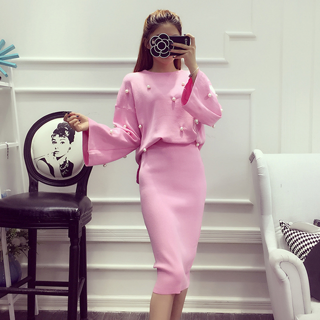 2016 Women's Fashion 2pcs Suits Winter Knitting Long-sleeved Sweet Pearls Sweater + Pencil Skirts 2pcs Long Skirt Sets