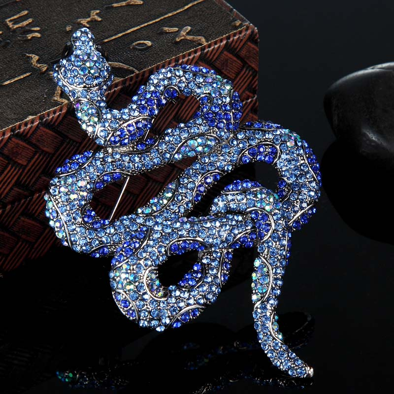 Blucome Kawaii Cute Snake Brooches Bijuteriras Perfect Rhinestone Broches Brand Women's Vintage Insect Brooch Pin Colares Broche brooch pins pink flamingo brooches for women love cute gift enamel lapel pin broche broches 2018 fashion jewelry accessories