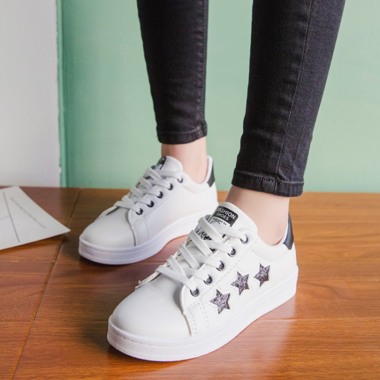 8f97cff4ce7 The New Spring and Summer 2018 Women Small White Shoes Ladies Casual Shoes  Female Flats Shoes Student Movement Sport Shoes-in Women's Vulcanize Shoes  from ...
