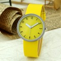 2016 New Fashion Casual Simple Women's Wrist Watch Analog Quartz Watches Unisex Round Yellow Dial Leather Band Solid
