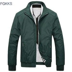Image 2 - FGKKS, nueva chaqueta de Moda de Primavera para hombre, chaqueta informal suelta para hombre, chaqueta deportiva, chaqueta Bomber, chaquetas y abrigos para hombre