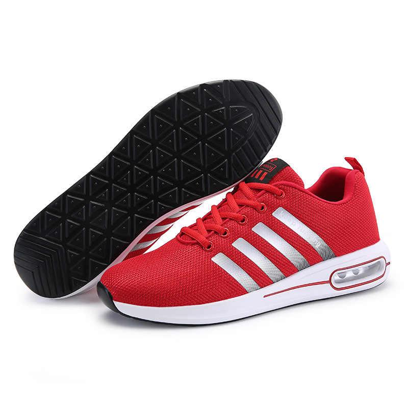 Suela colorida nuevo diseño hombres zapatos casuales luz transpirable hombres mocasines moda Slip On hombres rojo conducción Fly Weave zapatos de hombre