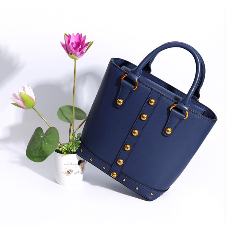 Retro Famous Designer Women Leather Handbags Bucket Type Magnetic Buckle Genuine Leather Women Bag