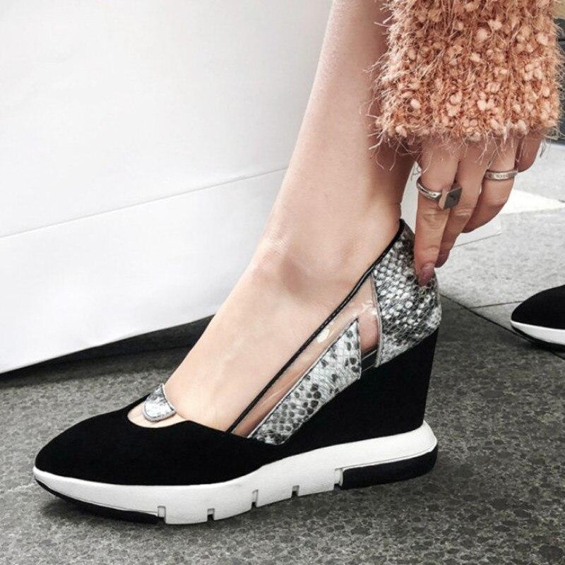 Ayakk.'ten Kadın Pompaları'de 2019 Marka Süet deri ayakkabı Kama Topuk Moda Sivri Burun rahat ayakkabılar Kadın Pompaları Rahat Bayan Ayakkabıları Yüksek Kalite'da  Grup 1