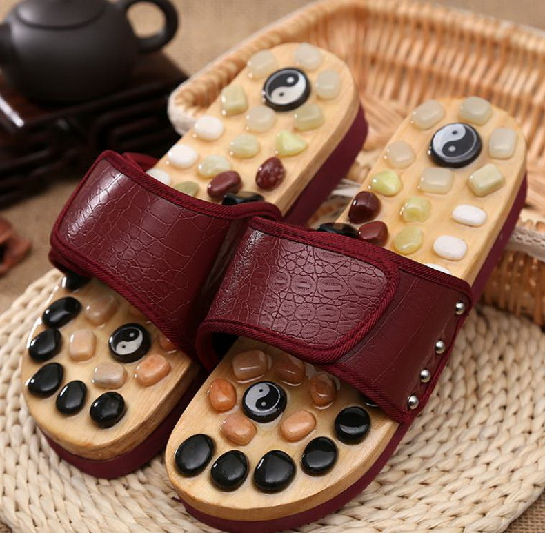Health care Wooden base acupunture foot massage slippers natural stone acupoint massage slippers/tb171024 1 pair health care foot acupoint massager flat slippers for male female