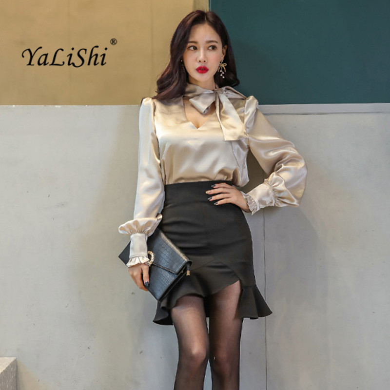 2 Piece Set Women Suit 2017 New Winter Long Sleeves Bow V-Neck Blouse Shirts Tops and Black Ruffles Skirt Crop Top and Skirt Set