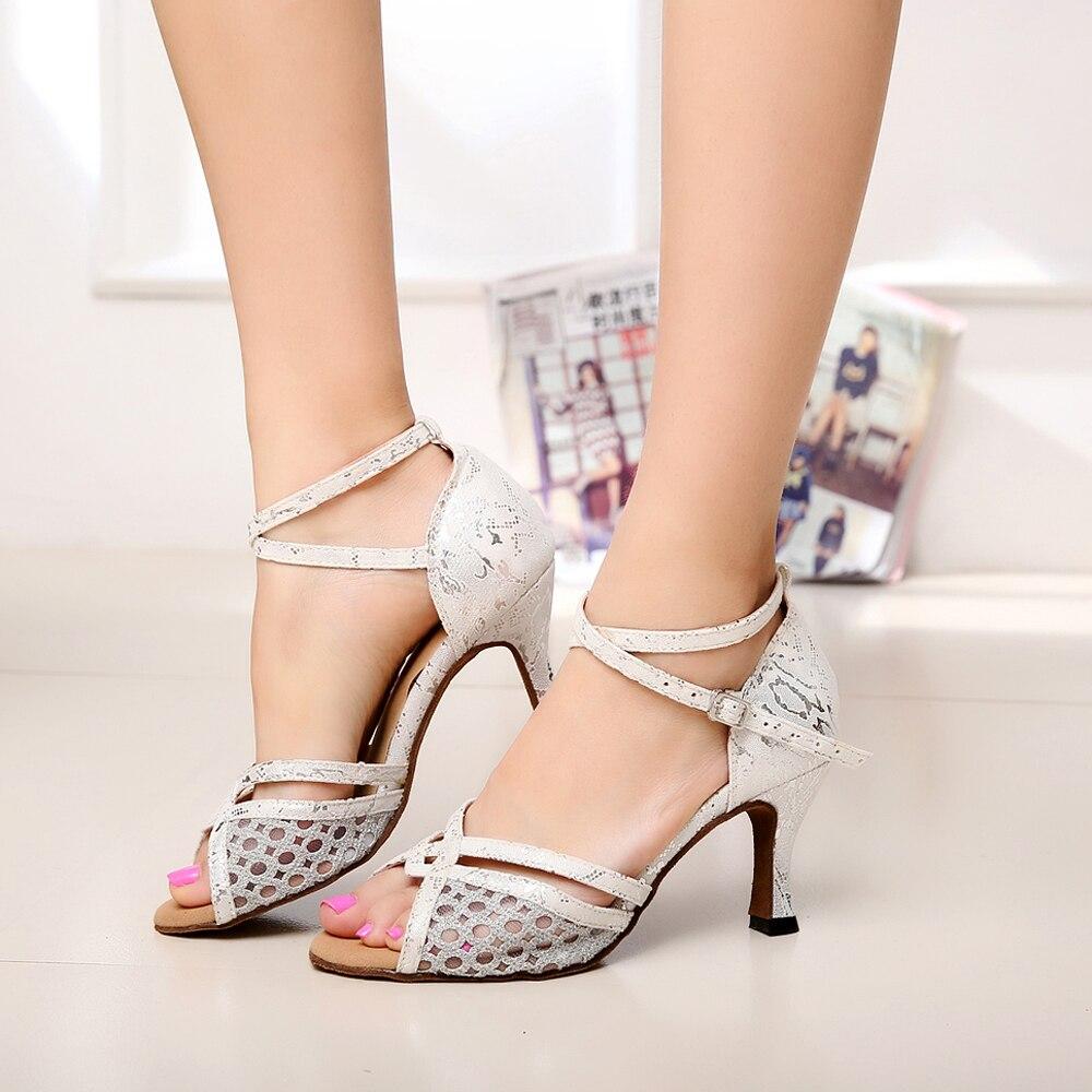 Chaussures femme grande largeur pour pieds larges