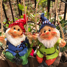 Free shipping,American Village Dwarf Garden Ornament Garden Home Farm Decoration Air Strap Wall Decorative Gardening.Xmas decor.