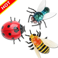 Funny Tricky Remote control Insect Toy Fun Jokes RC Oyuncak Simulated Spoof Whole person game props Toys for children kids