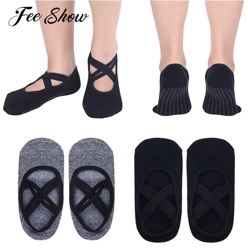 1 Pair Women Non-slip Ballet Breathable Pilates Grip Socks Cut out top Fashion Women Ballet Criss-cross Straps Pilates Grip Sock