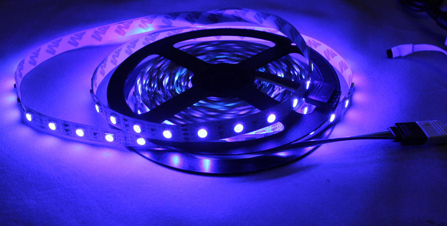 HTB1ONkiGpXXXXc6XXXXq6xXFXXXa - Hight light LED Strip, LED lamp  No-waterproof, SMD5050, 60LED /m; only RGB strip with connector   free ship