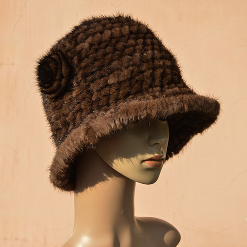 Mink Knitted Hat Winter women's fashion large real brim flower mink fur hat
