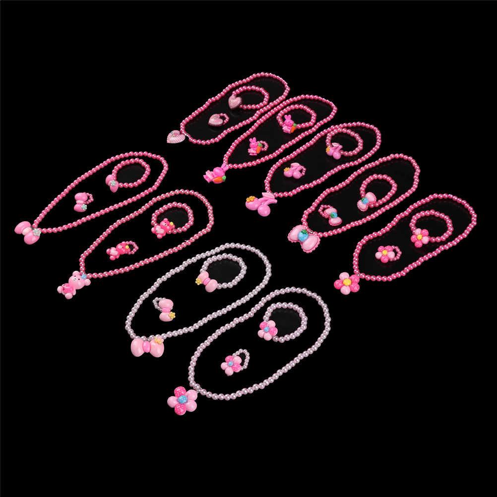 สาวเทียมไข่มุกลูกปัดสตรอเบอร์รี่สร้อยคอสร้อยข้อมือแหวนชุดเครื่องประดับเด็กเด็กของขวัญ