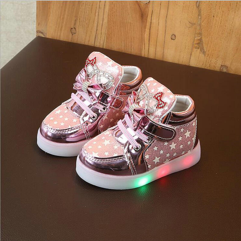 Fashion Children Shoes With Flash Light Boys Shoes Autumn Spring Non-slip Girls Cartoon Glowing sneakers Kids Sport Shoes