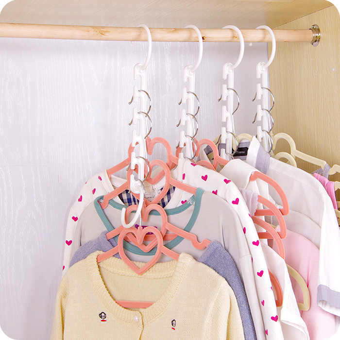 1Pcs 2018 Hot Sale  3D Space Saving Hanger Magic Clothes Hanger with Hook Closet Organizer Home Tools F2961