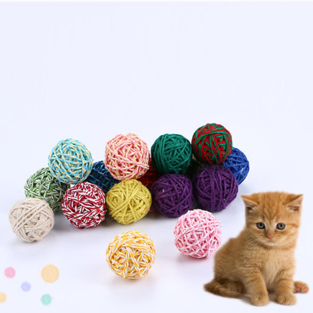 1PC Yarn Pet Cat Toy Ball Puppy Interactive Toy Random color For Pets Dolls