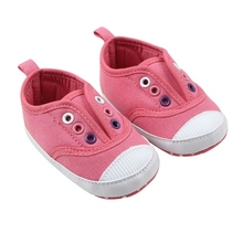 Autumn New Hot Soft Newborns Baby Girls Boys Cute Shoes Kids Fashion Slip-On Soft Cotton Fabric Baby Shoes First Walkers S3