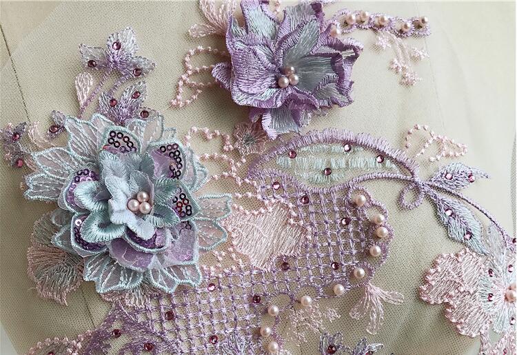 Nuovo merletto di disegno del ricamo abito da sposa paillettes