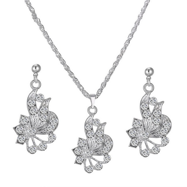 Flower Rhinestone Crystal Earring Necklace Simple And Stylish