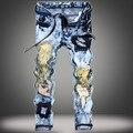 Luz azul de la manera remiendo de la impresión de los hombres ripped denim jeans delgado toque agujero vaqueros rectos largos pantalones hip hop pantalones
