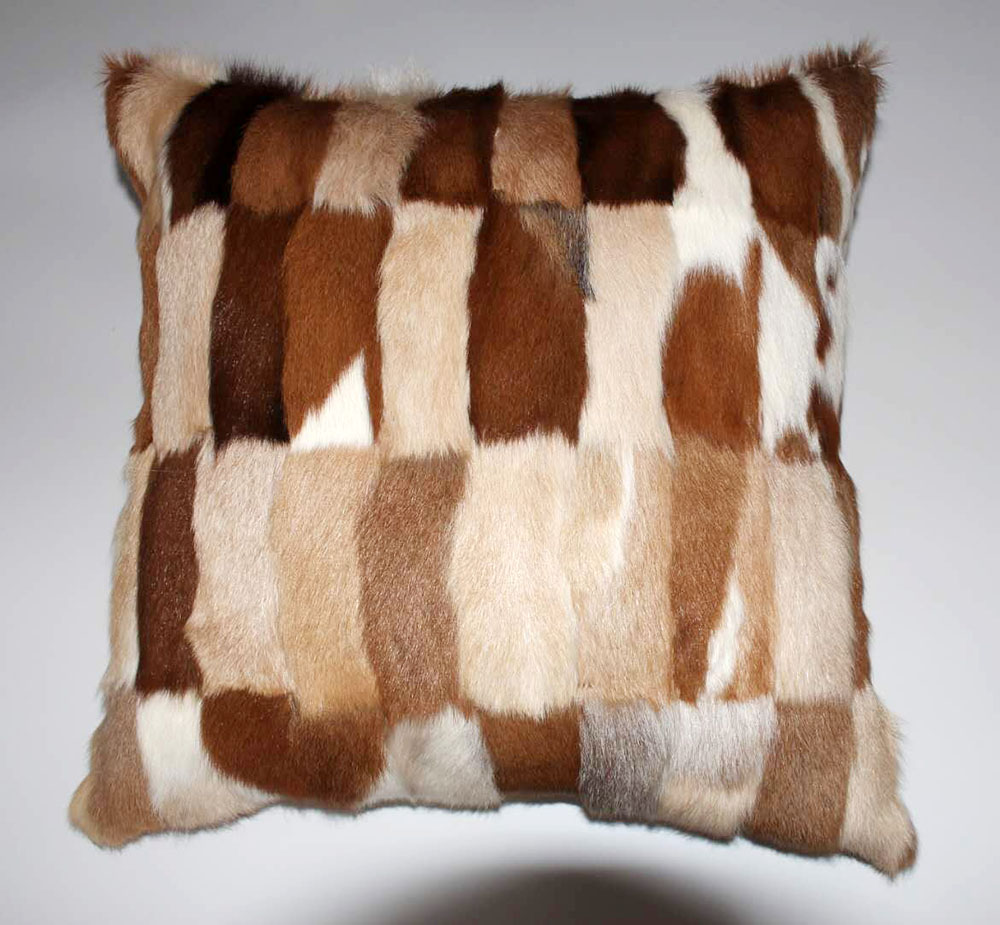 fox fur pillow case logo 1
