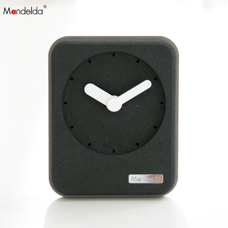 Mandelda 3D Vintage Digital Small Wood Table Watch Mini Modern Home Decoration Promotional Desk Clock