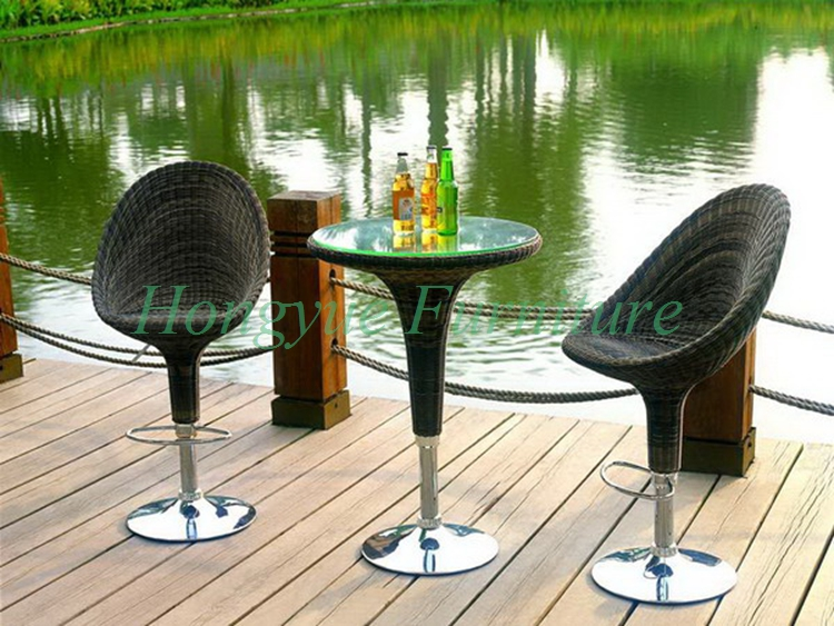 Outdoor wicker adjustable bar stool with table furniture set sale brown wicker outdoor lounge chair set with corner table sale